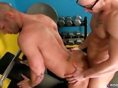 When Rod Daily happens upon his pal James Huntsman, he finds him completely naked, having what he thinks is some alone time in RODs workout room! Now Rods not averse to the nudity but James couldve at least asked, for crying out loud!When Rod conf